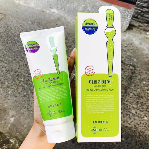 Mediheal Tea Tree Care Cleansing Foam