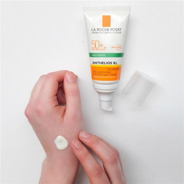 La Roche-Posay Anti-Shine Anthelios XL