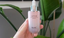 Serum AHC Capture White Solution Max Ampoule hồng